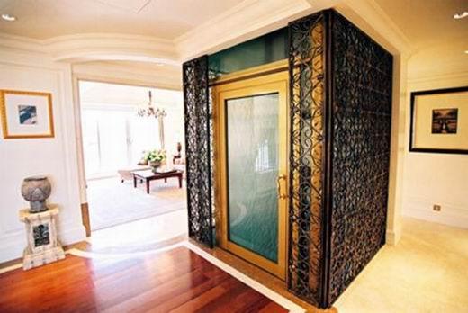 德国蒂森克虏伯别墅电梯公司相关负责人分析表示,这种电梯解决了行动