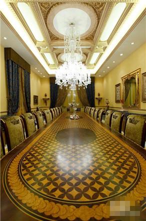 ( 10)    石膏线主要用于室内顶棚的装饰,它带各种花纹, 其内可经过