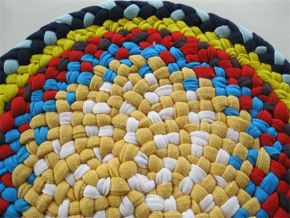 手工旧毛线编织地毯