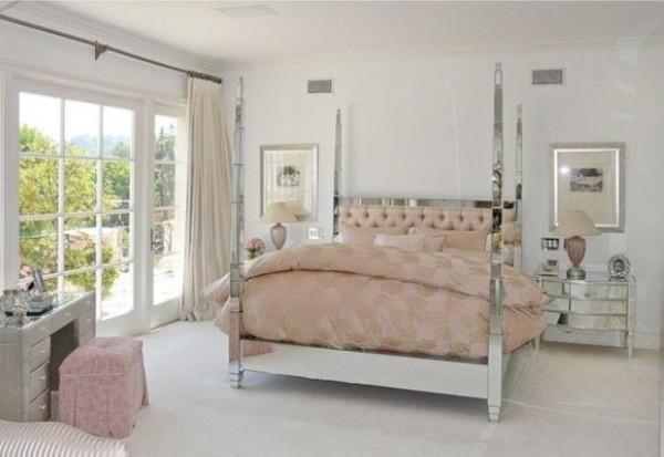 豪宅别墅女生卧室