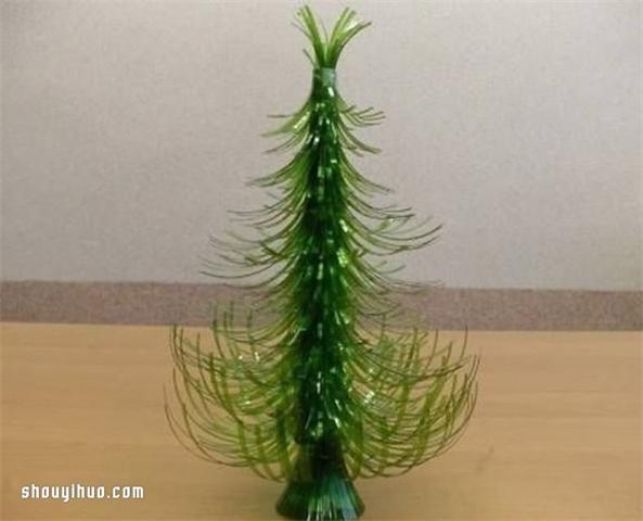 雪碧瓶子制作圣诞树的方法图解教程