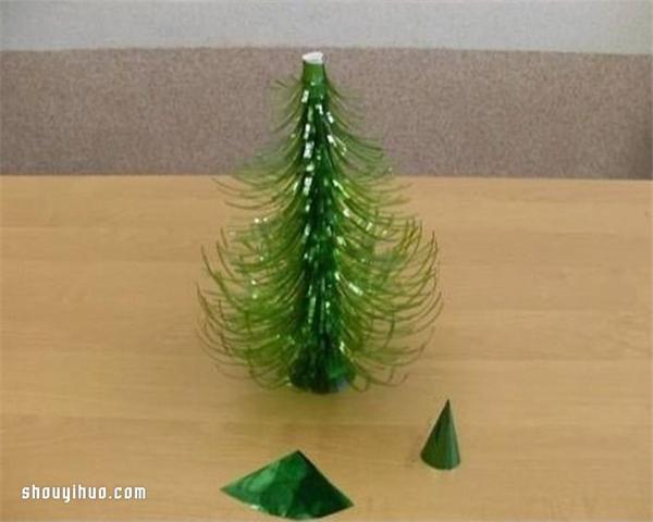 精品楼盘网--雪碧瓶子制作圣诞树的方法图解教程