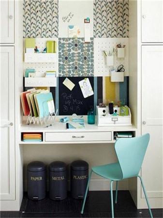 蜗居室内挤出小书房